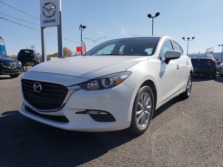 2018  Mazda3 Sport AUTOMATIQUE||VOLANT CHAUFFANT||SIÈGE CHAUFFANT