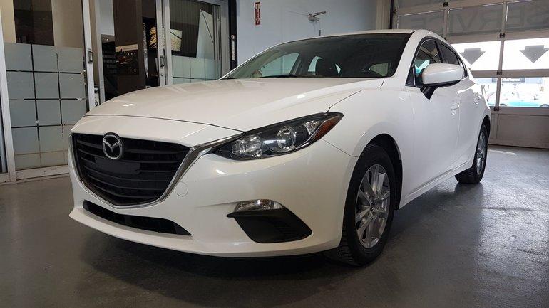 Mazda3 **RÉSERVÉ**, GS-SKY, SIEGES CHAUFFANTS, BLUETOOTH 2014