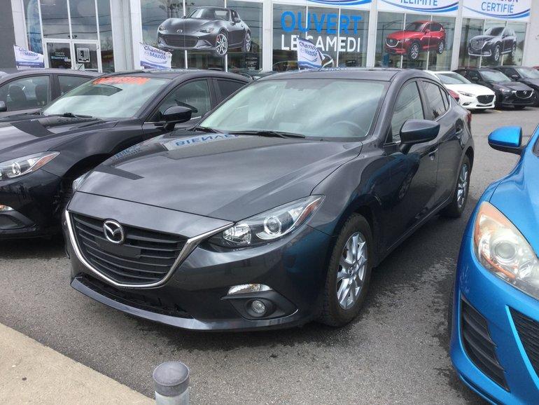Mazda Mazda3 **RÉSERVÉ**GS, SIÈGE CHAUFFANTS, BLUETOOTH, CAMERA 2015