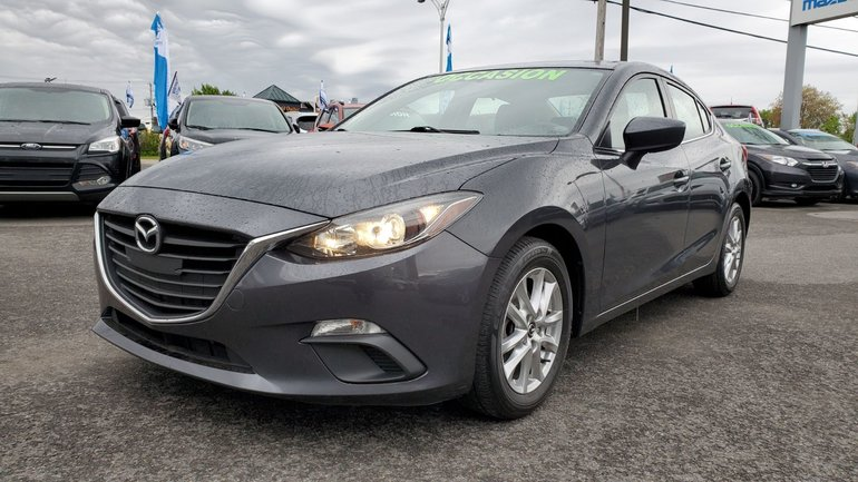 2015  Mazda3 GS, SIEGES CHAUFFANTS, CAMERA, BLUETOOTH, MAGS,A/C