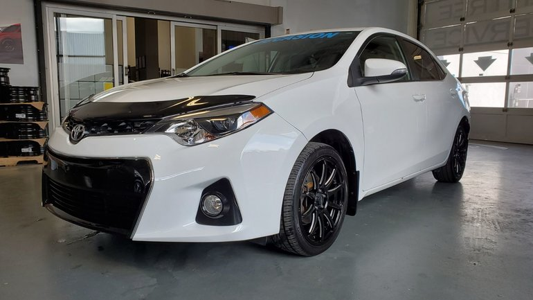 2014 Toyota Corolla S, DEMARREUR, SIEGES CHAUFFANTS, CAMERA, MAGS, A/C