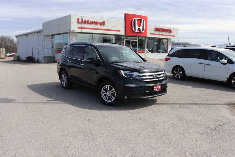 2016 Honda Pilot Touring- ACCIDENT FREE-CERTIFIED