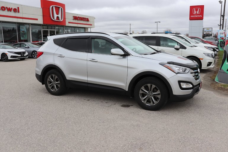 2014 Hyundai Santa Fe Sport Luxury- ALL WHEEL DRIVE