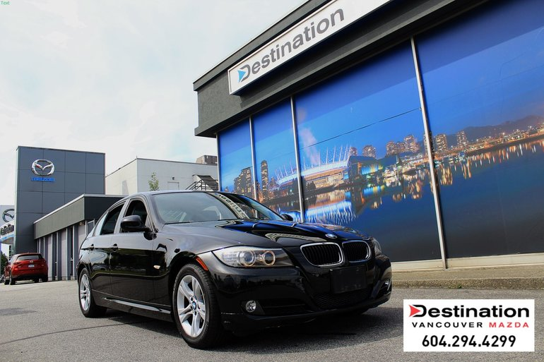 2009 BMW 3 Series 328i - Local, Non Smoker, Luxury and Performance!