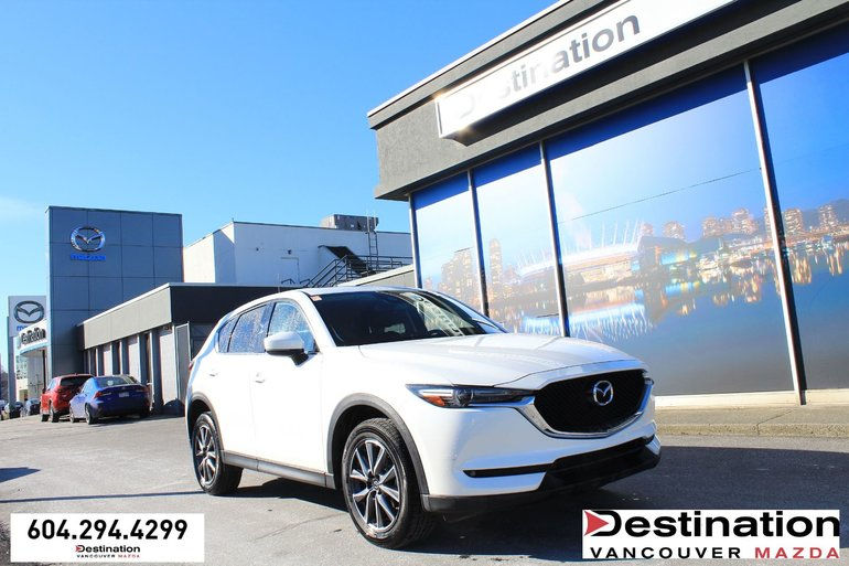 2018 Mazda CX-5 GT - With Heated seats, Navigation, Sunroof!