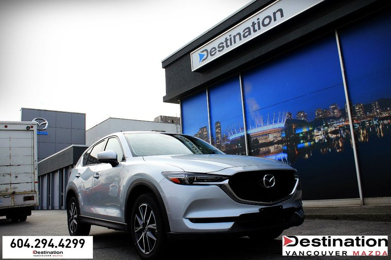 2018 Mazda CX-5 GT - Sunroof, Nav, Leather interior!