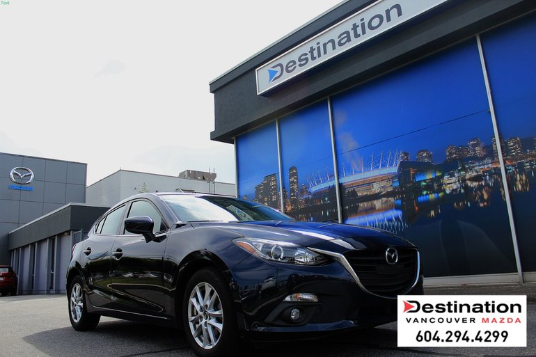2015  Mazda3 GS - Local, Non Smoker, With Navigation!