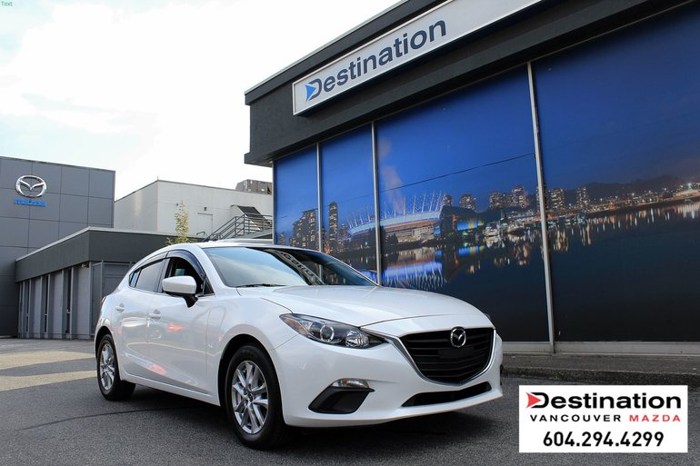 2015  Mazda3 Sport GS - local, non smoker in great condition!