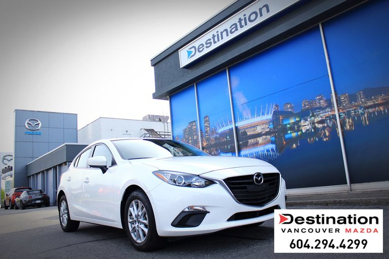 2016  Mazda3 GS - With MANUAL Transmission! -