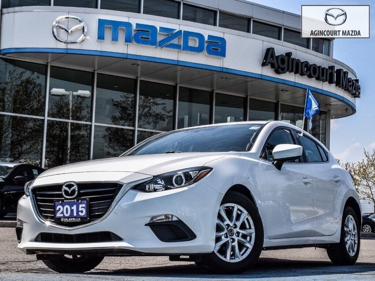 2015  Mazda3 Sport GS   Heated Seats   Back Cam   Bluetooth   Alloys