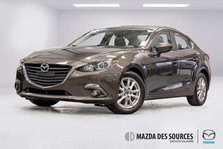 2015  Mazda3 GS AUTO Toit Ouvrant Sieges Chauffants RearCamera