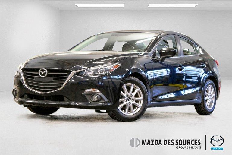 Mazda3 GS M6 Toit Ouvrant Sieges Chauffants Caméra Recul 2015