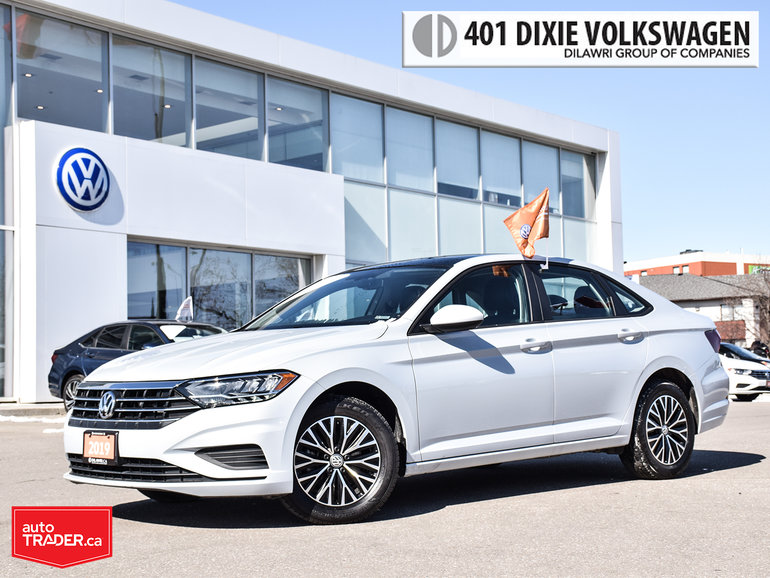2019 Volkswagen Jetta Highline 1.4T 8sp w/Tip LOW KMS/ Like NEW/ Back UP