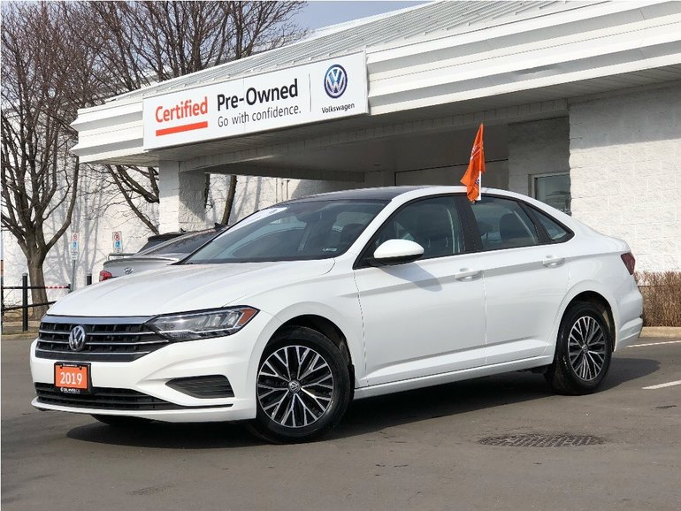 2019 Volkswagen Jetta Highline 1.4T 8sp w/Tip LowkmS/Power Roof/Back UP
