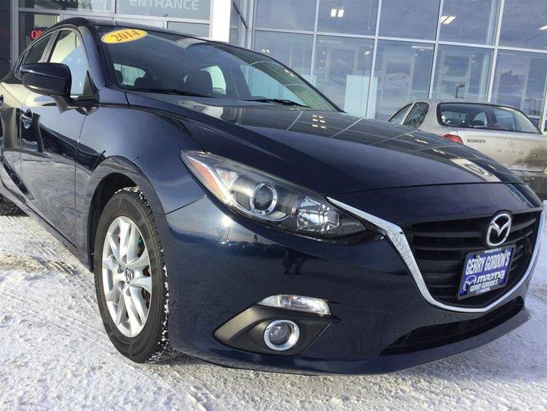 2014  Mazda3 Sport GS-SKY at