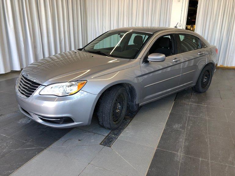 2014 Chrysler 200 LX LX