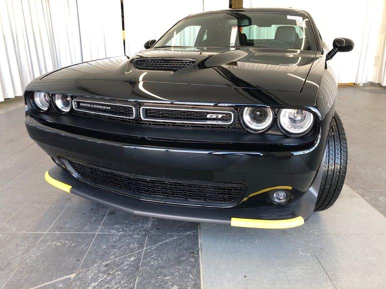 Dodge Challenger GT AWD 2019