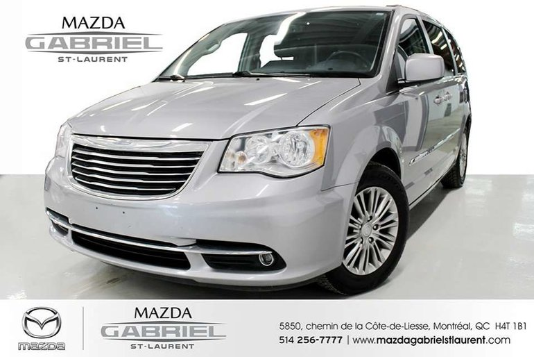 Chrysler Town & Country Touring-L Leather + Rear view  Camera 2015