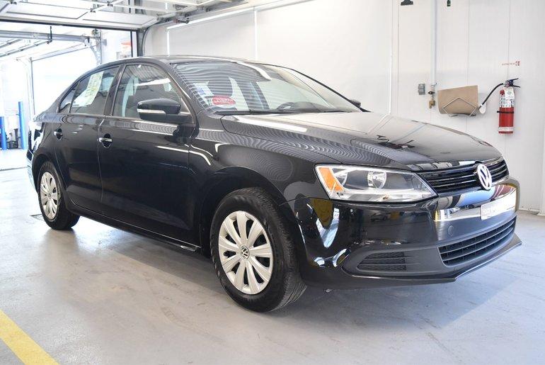 Volkswagen Jetta TRENDLINE PLUS 2014