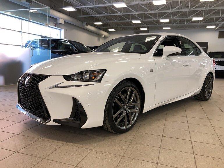 2018 Lexus IS IS 300 VENDU/SOLD