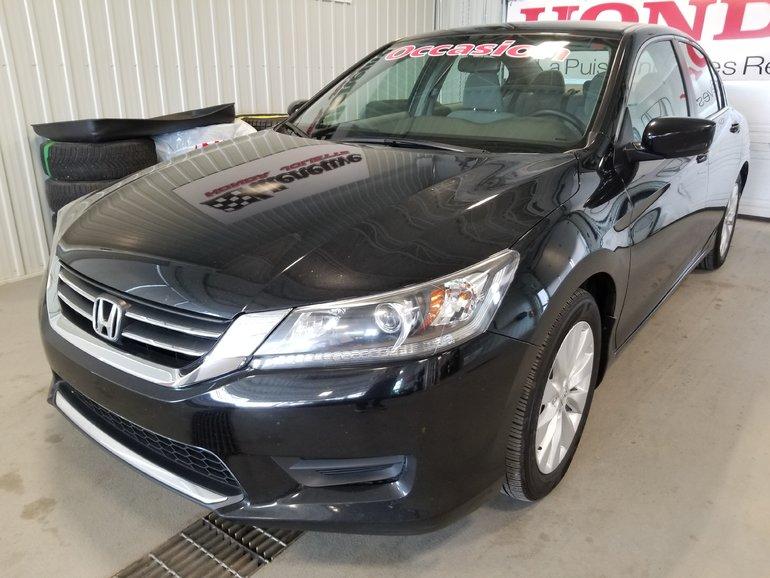 2015 Honda Accord Sedan LX bluetooth mags bas kilo