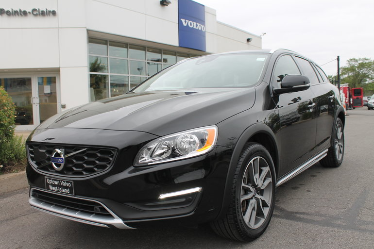 2017 Volvo V60 Cross Country 2017 Volvo V60 Cross Country TAUX ENTRE 0.9% 3.9%