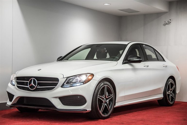 2017 Mercedes-Benz C300 4MATIC **NIGHT PACKAGE**