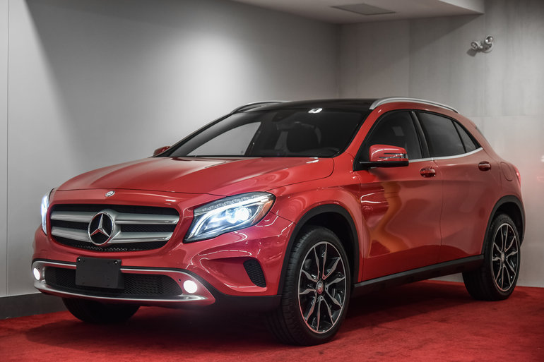 2017 Mercedes-Benz GLA-Class GLA250 4MATIC**PREMIUM1&2+TOIT PANO**