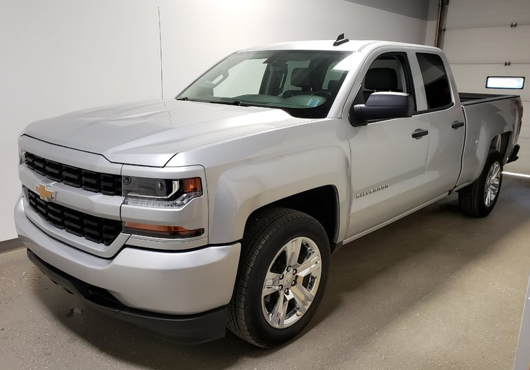 2018 Chevrolet Silverado 1500 Silverado Camera Sport Package Alloys Clean