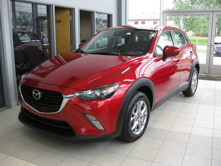 Mazda CX-3 GS fwd camera mags 2018