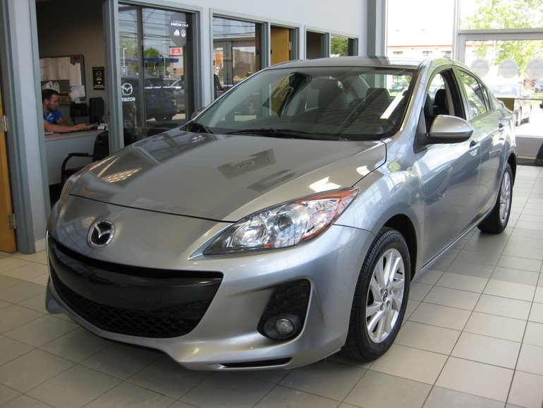 2013  Mazda3 GS-SKY cuir toit mags