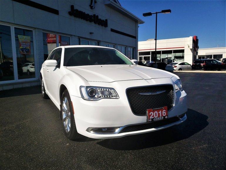 2016 Chrysler 300 Touring