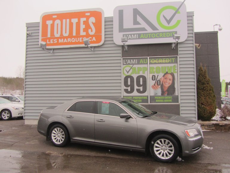 Chrysler 300 TOURING 2011