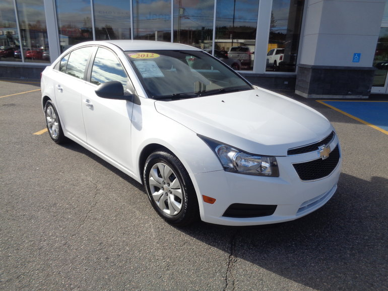 2012 Chevrolet Cruze Ls >> Used 2012 Chevrolet Cruze Ls 1 8l Manuelle 5495 0 Volvo