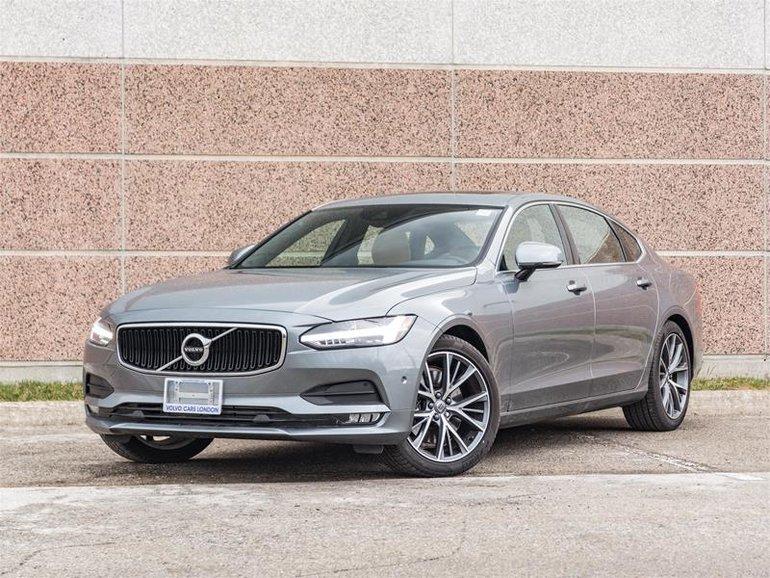 2018 Volvo S90 T6 AWD Momentum