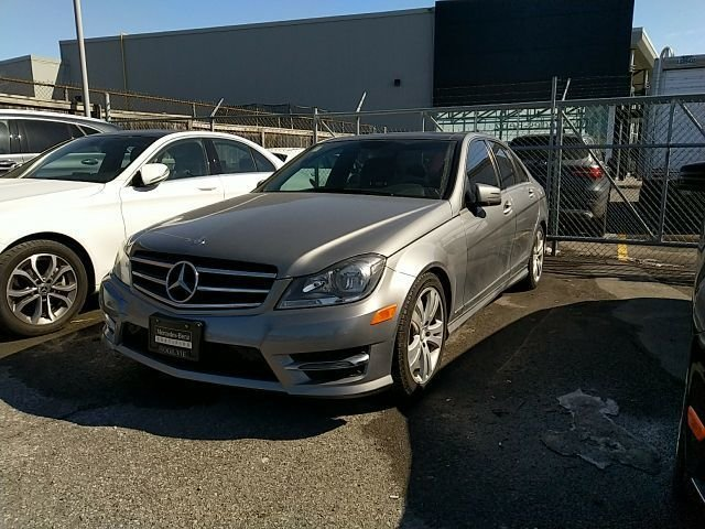 2014 Mercedes-Benz C300 PANO ROOF, COMMAND NAVI, AMG STYLE PACK This beautiful car was just traded in by one of our customers. Fully loaded with back up