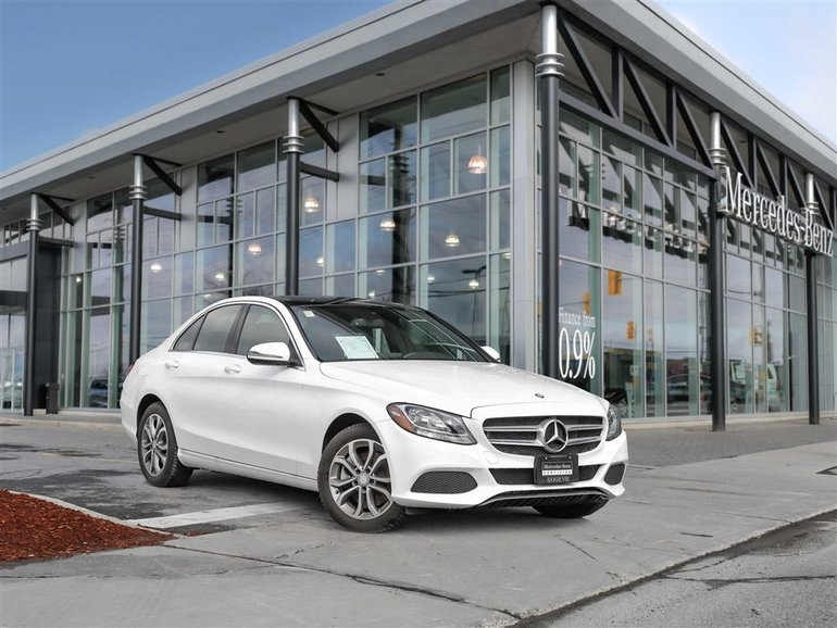 2017 Mercedes-Benz C300 4Matic Heated seats, Panoroof, Navi