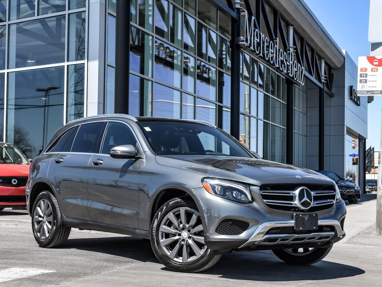 2016 Mercedes-Benz GLC300 ** STAR CERTIFIED PRE-OWNED ** Buy with confidence, drive with pride.