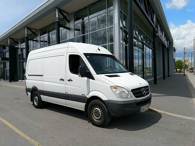 2013 Mercedes-Benz Sprinter 2500 Cargo 144