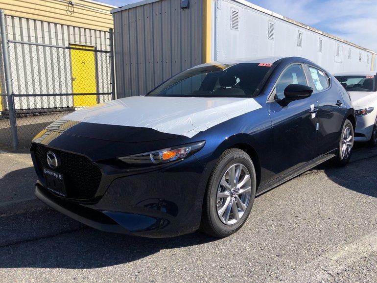 2019  Mazda3 Sport GS at AWD