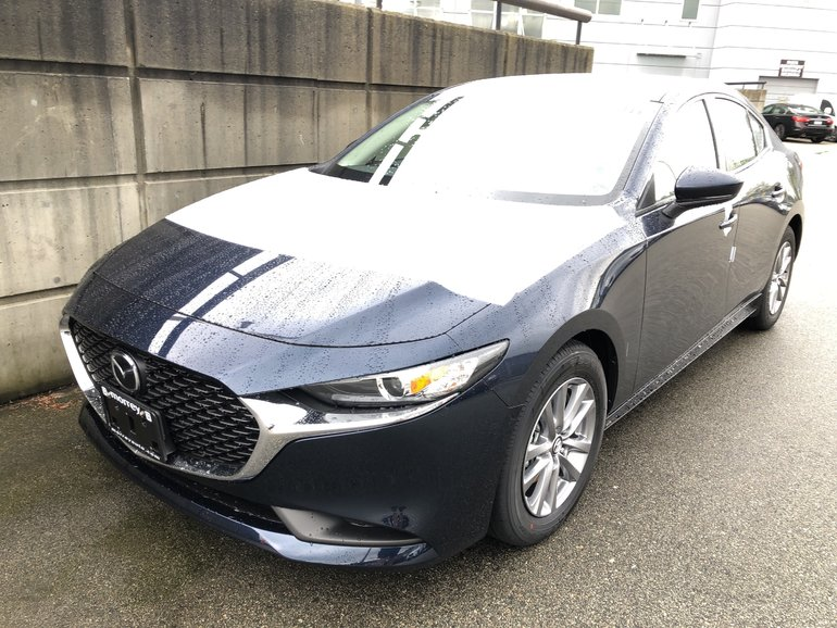 2019  Mazda3 GS All Wheel Drive! Loaded with options. Click