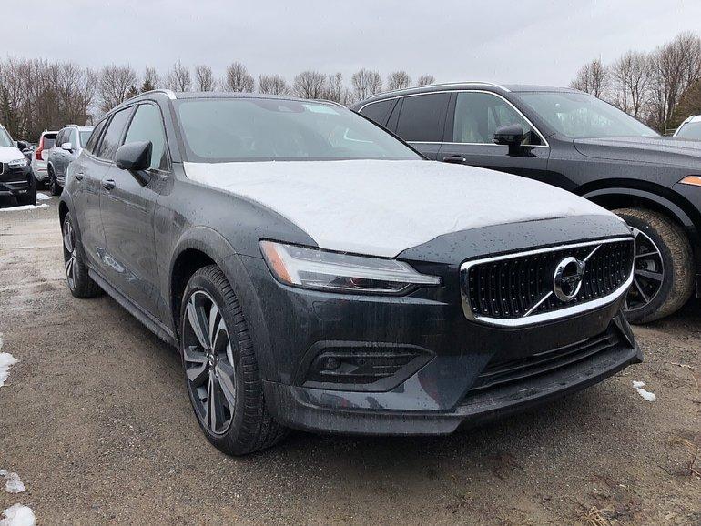 Volvo V60 Cross Country T5 Momentum 2019