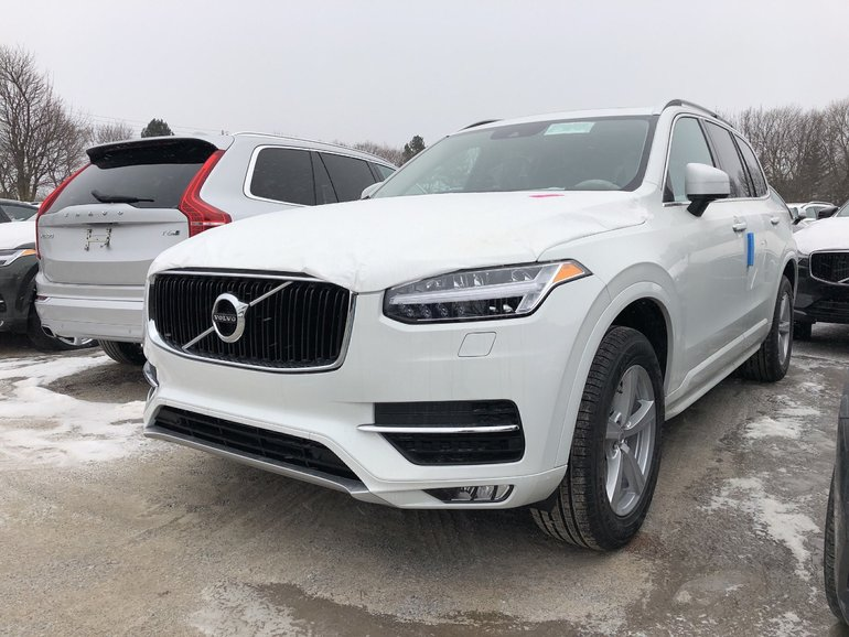 Volvo XC90 T5 Momentum   Model Year Clear Out! 2019