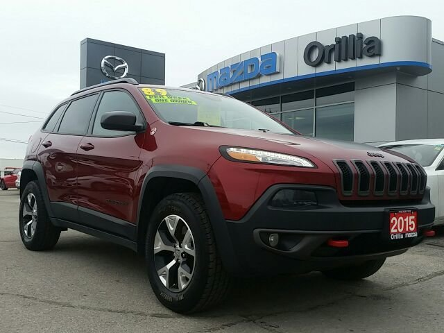 2015 Jeep Cherokee TRAILHAWK-3.2L V6-4X4-NAV-LEATHER