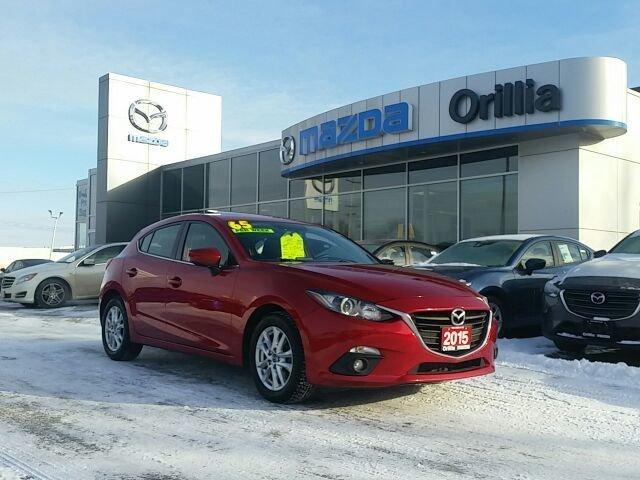 2015 Mazda Mazda3 GS SKYACTIV-SUNROOF-HEATED SEATSBACKUP CAMERA