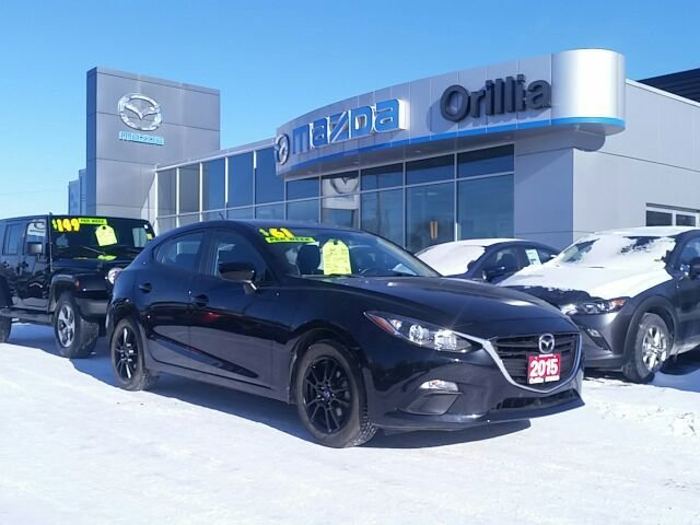 2015 Mazda Mazda3 GX SKYACTIV-WOW LOW LOW KMS!!