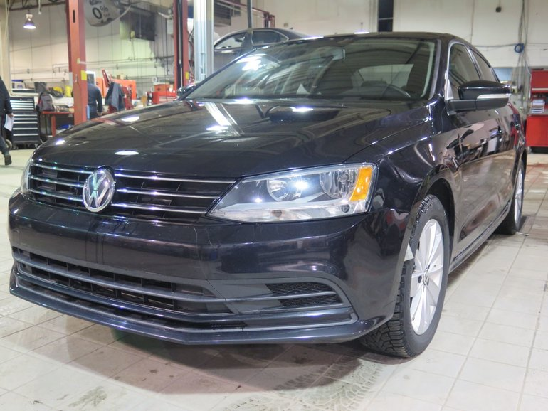 2015 Volkswagen Jetta Sedan TRENDLINE + ESTHETIQUE PACK