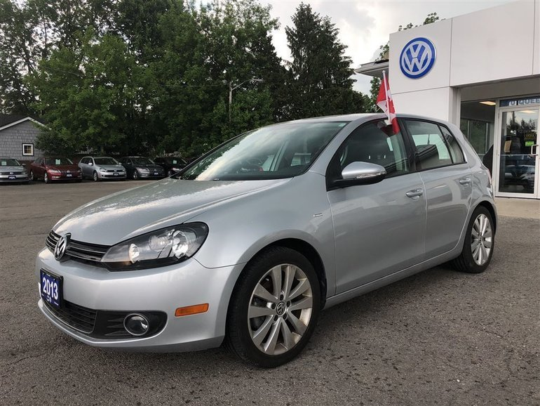 2013 Volkswagen Golf Wolfsburg Edition--BLUETOOTH, SUNROOF