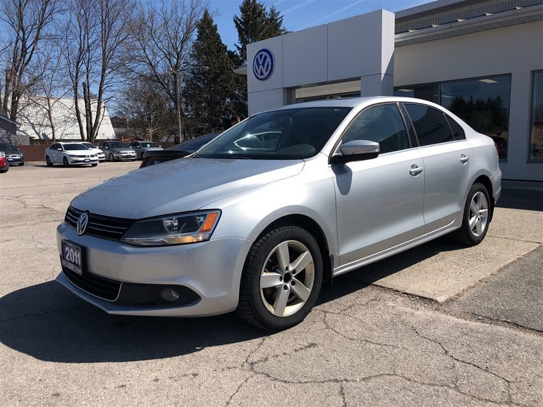 2011 Volkswagen Jetta 2.5L Highline, LEATHER, SUNROOF, BLUETOOTH