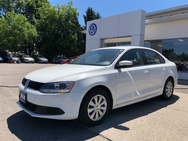 2014 Volkswagen Jetta 2.0L Trendline+, FUEL SAVER, MANUAL;
